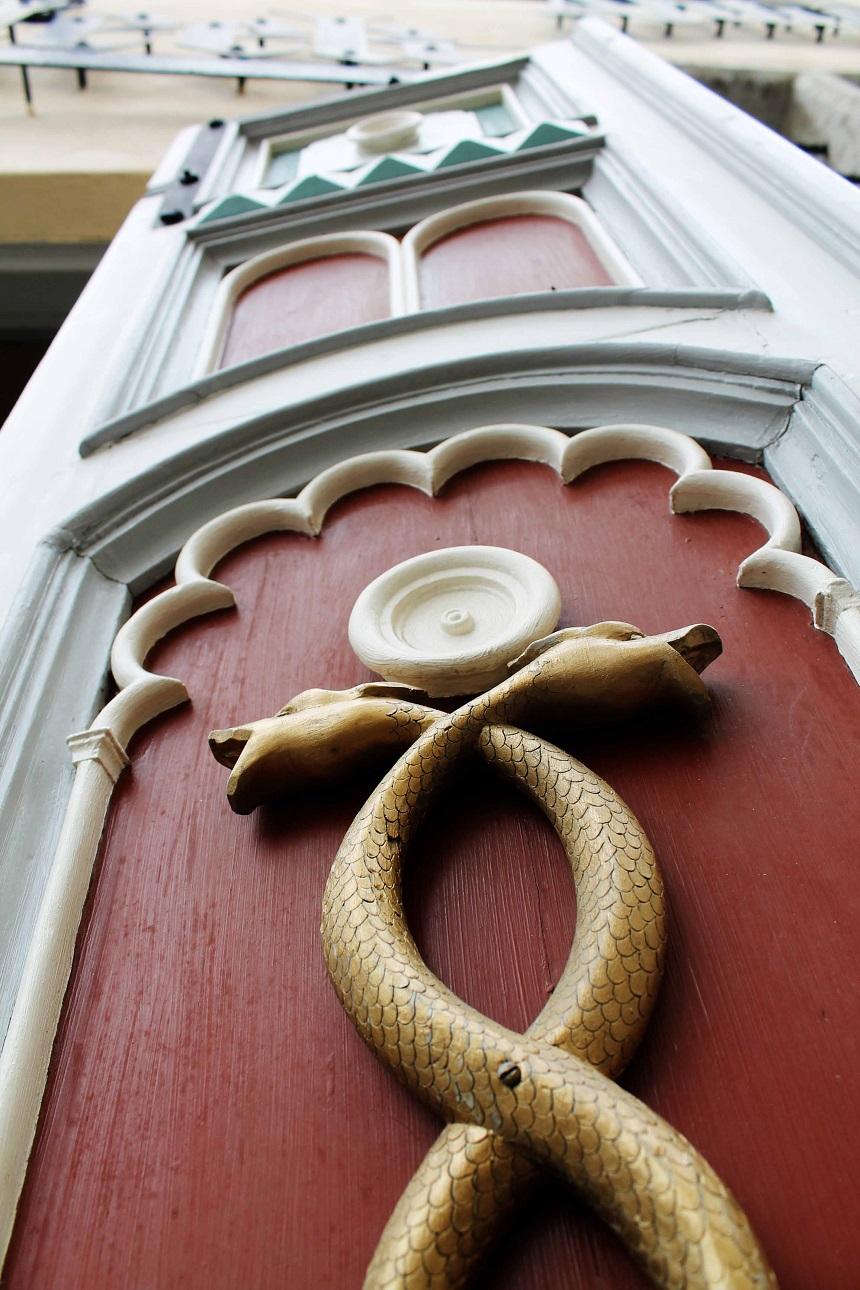 Kunstvoll verziert: Die alten Haustüren in Tallinns Innenstadt