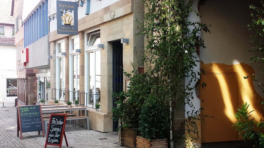 Angekommen im Hotel Krone in Vaihingen Enz! Es lohnt sich. Sehr gute veredelte schwäbische Küche. So würde ich das Restaurant beschreiben.