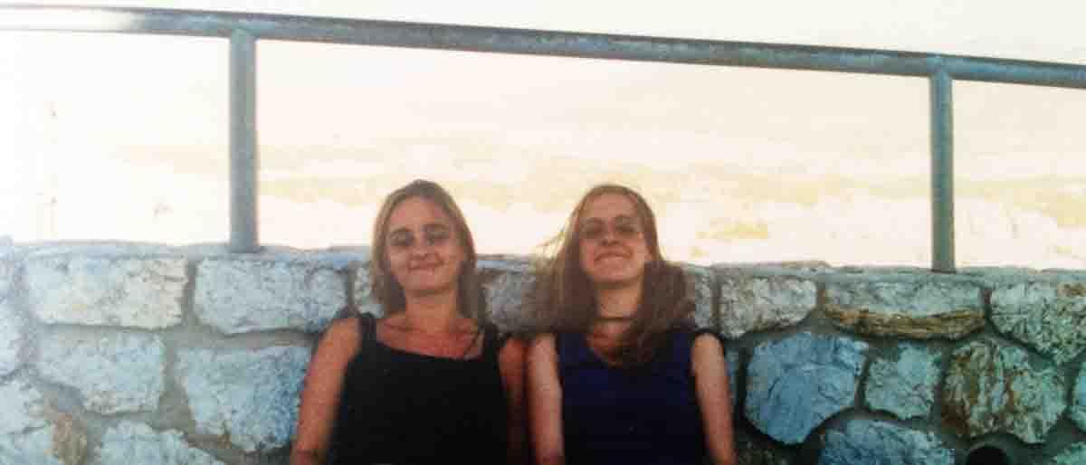 Permalink zu:Als Schwestern durch Europa: Abenteuer Athen oder Freiheit in Griechenland – eine analoge Reise