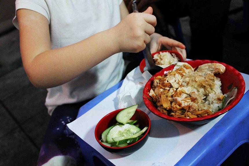 Streetfoodtour mit Kindern Hanoi