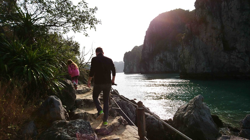 Halong Bay Vietnam mit Kindern