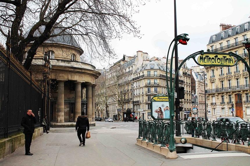 Paris mit Baby